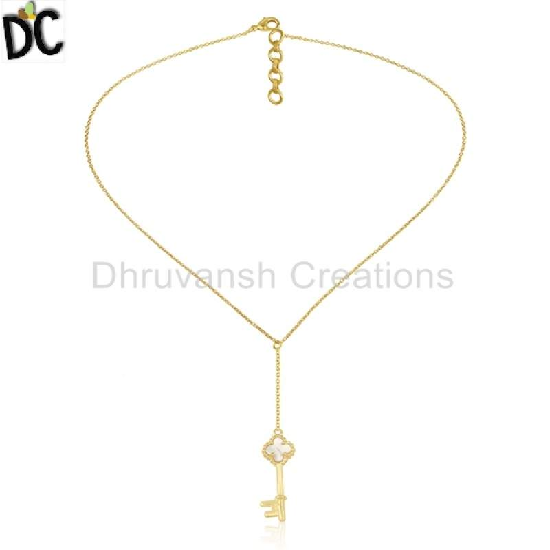 Gold Plated Silver New Designer Clover key Pendant Natural Pearl Gemstone Jewelry suppliers