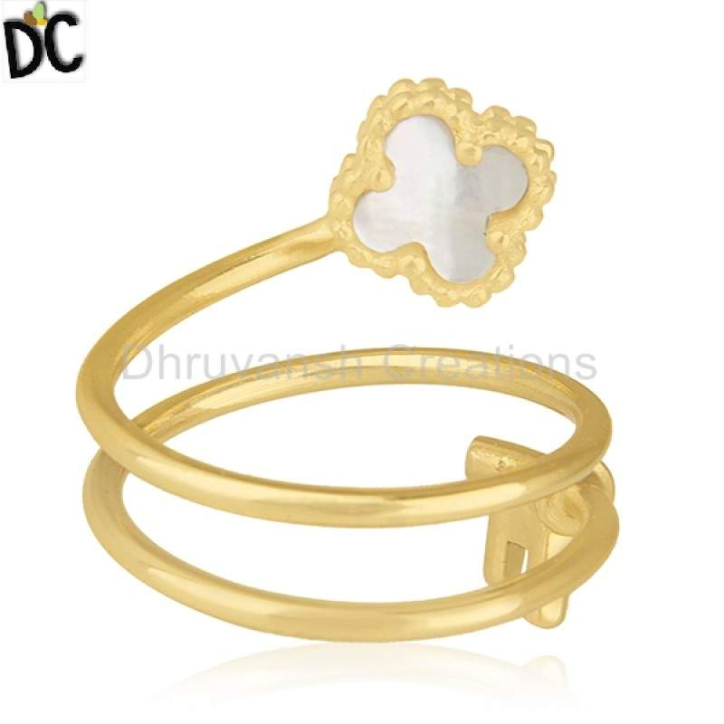 Natural Pearl Gemstone Clover Key Design Ring Gold Plated 925 Silver Jewelry wholesalers