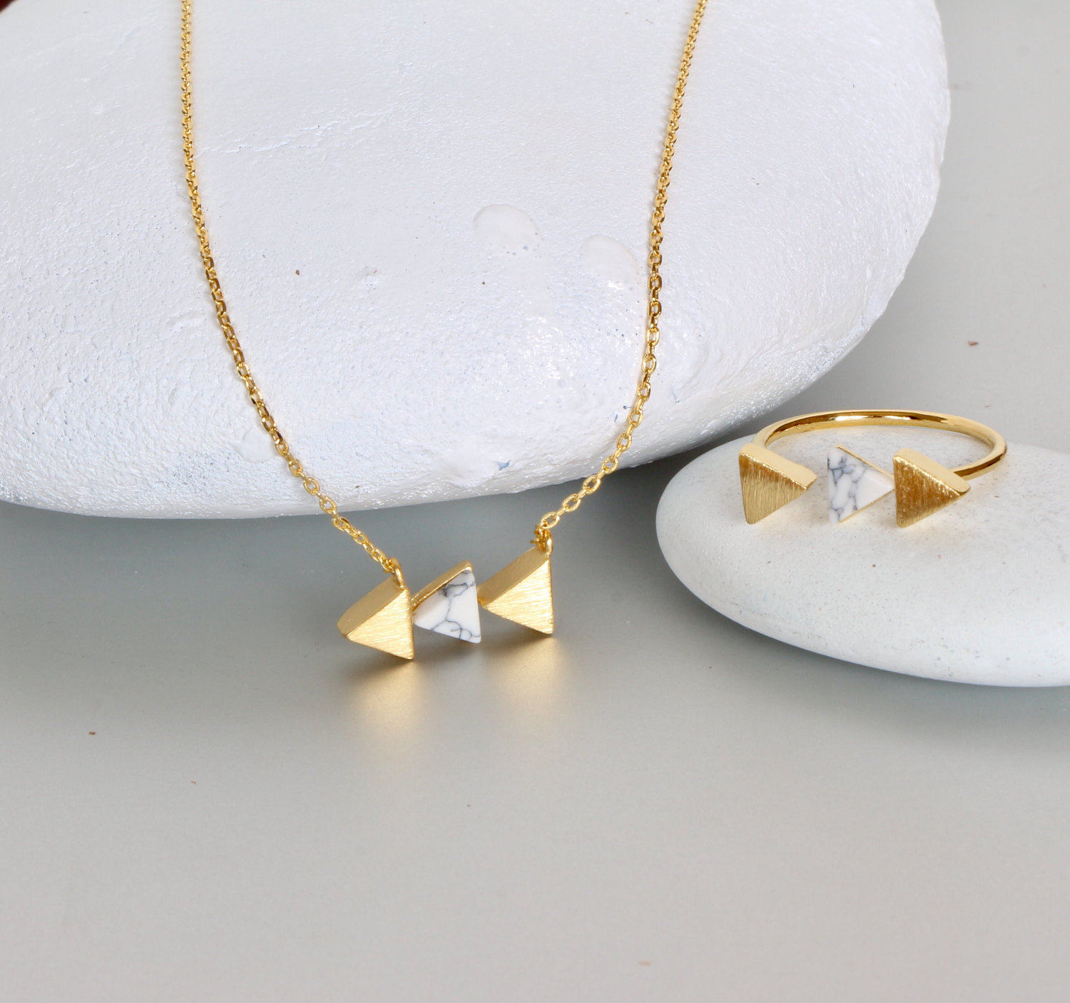 necklace contemporary market jewellery chisel fine golden etsy translucent modern jewelry il inlay work